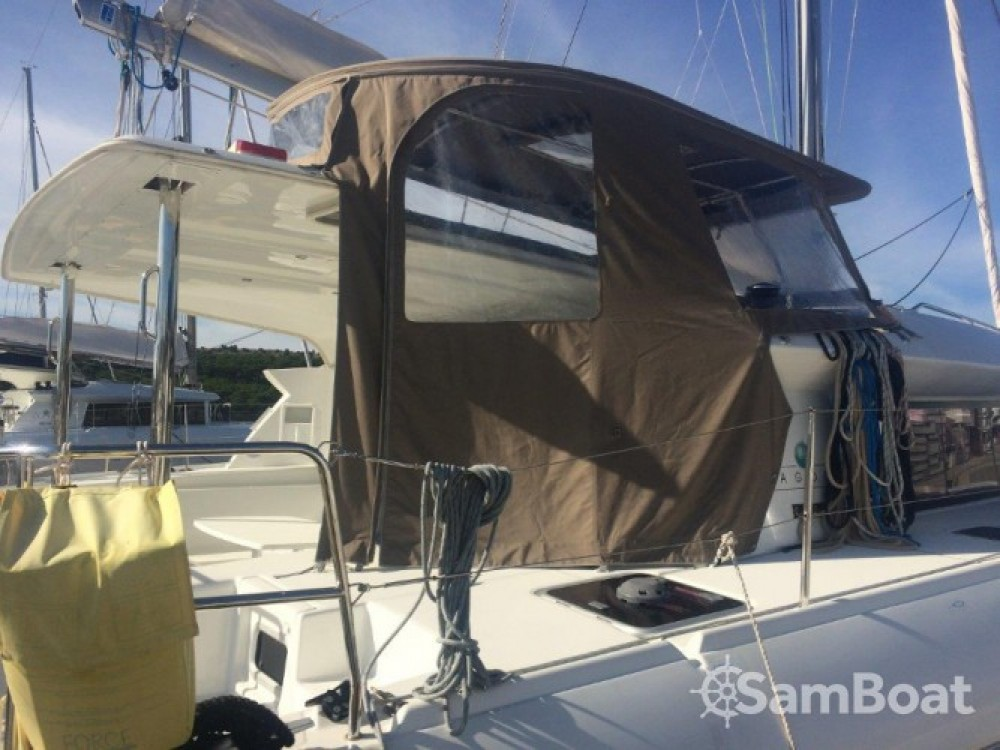 Boat rental Lagoon Lagoon 421 in Šibenik on Samboat