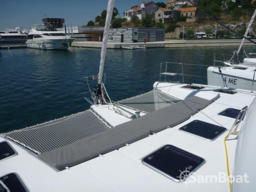 Rental yacht Šibenik - Lagoon Lagoon 421 on SamBoat