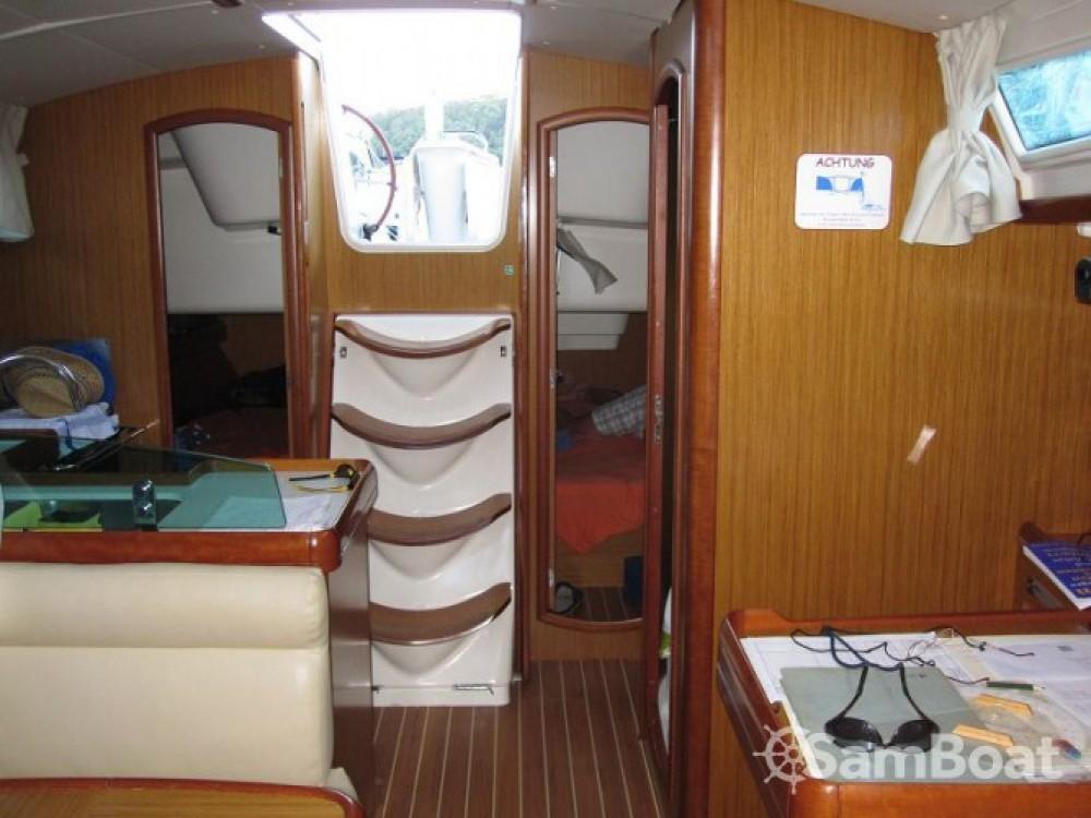 Louez un Jeanneau Sun Odyssey 39i à Jezera