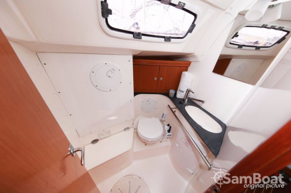 Rental yacht Pula - Bavaria Cruiser 51 on SamBoat