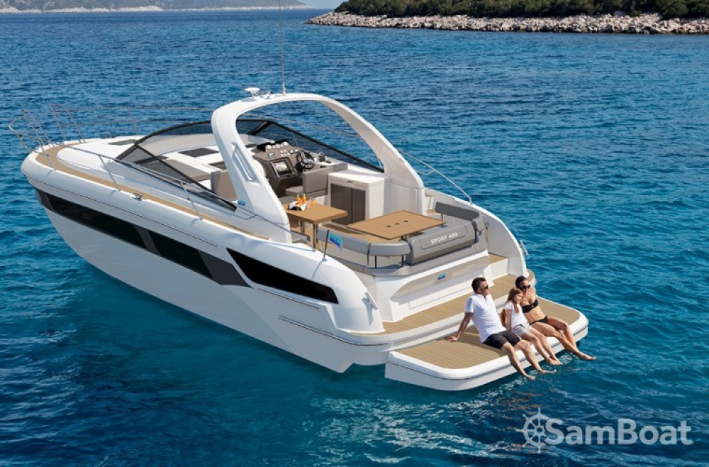 Bavaria S 40 Open between personal and professional Pula