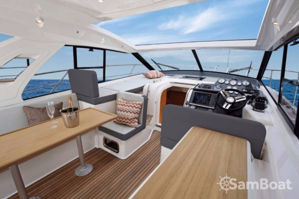 Rental yacht Pula - Bavaria S 40 Open on SamBoat
