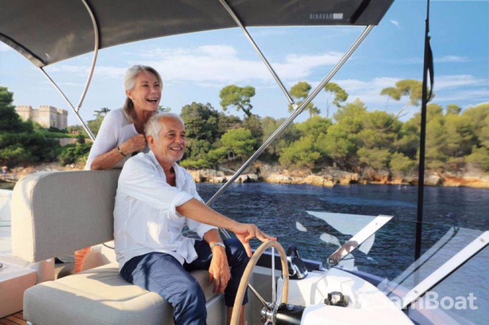 Bavaria E40 Fly between personal and professional Pula