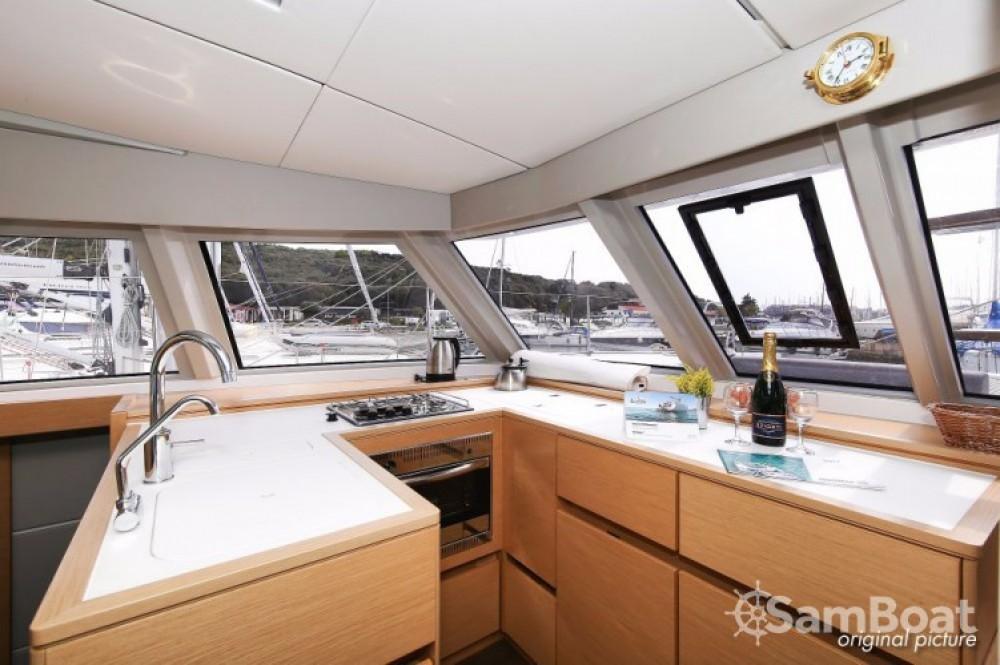 Rental yacht Trogir - Nautitech Nautitech 46 on SamBoat