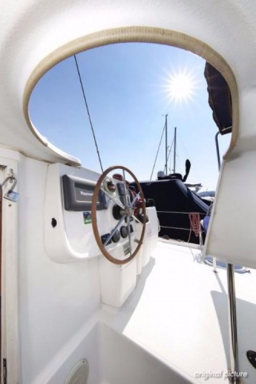 Rental Catamaran in Pula - Fountaine Pajot Lipari 41