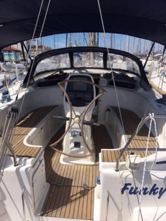 Rent a Bavaria Cruiser 37 Marina Punat