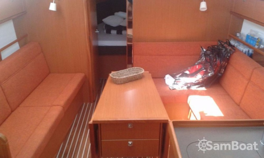 Boat rental Trogir cheap Cruiser 37