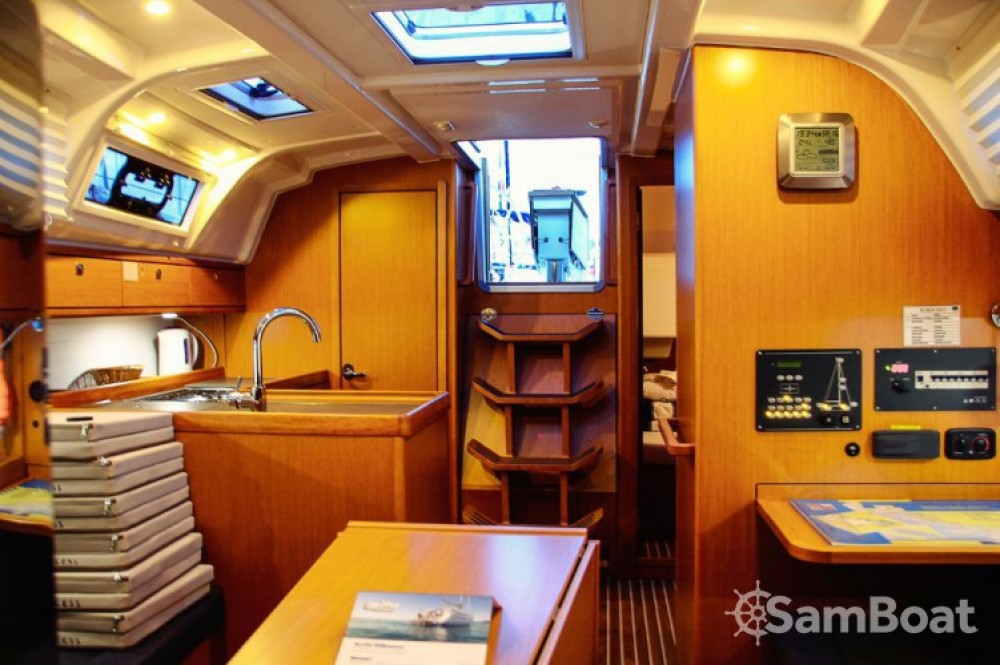 Bavaria Cruiser 37 between personal and professional Trogir
