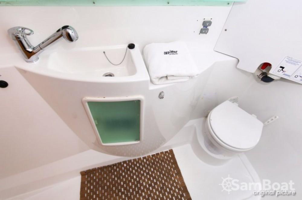 Rental yacht Pula - Fountaine Pajot Lipari 41 on SamBoat