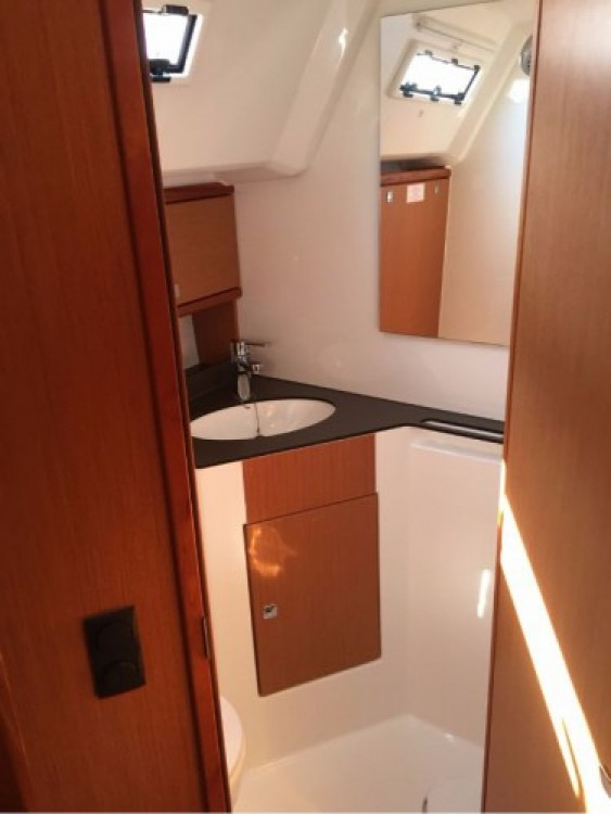 Bavaria Cruiser 46 between personal and professional Trogir
