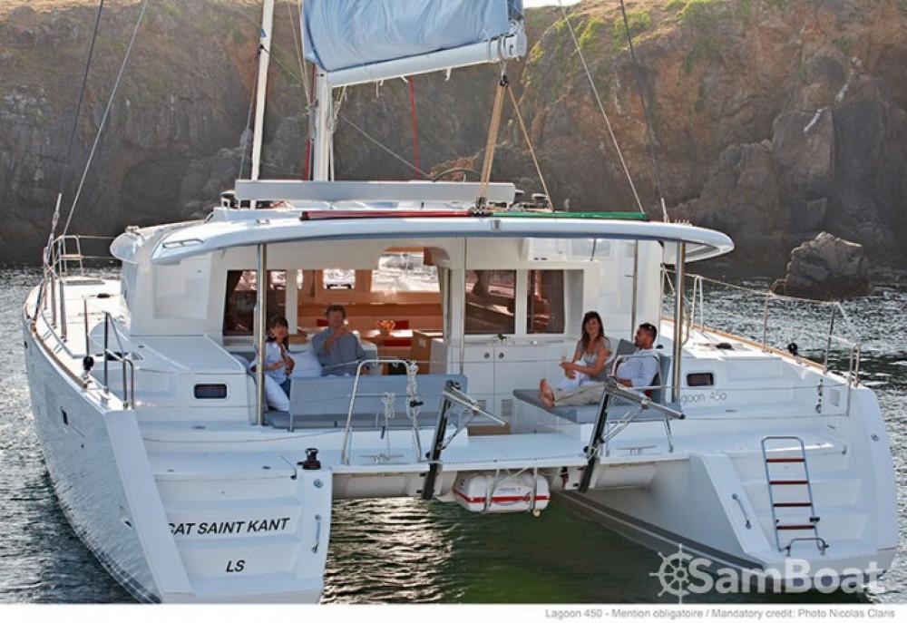 Boat rental Lagoon Lagoon 450 in Trogir on Samboat