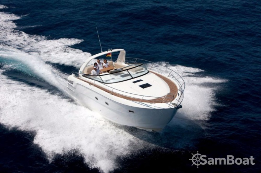 Hire Motor boat with or without skipper Bavaria Terranoa/Olbia