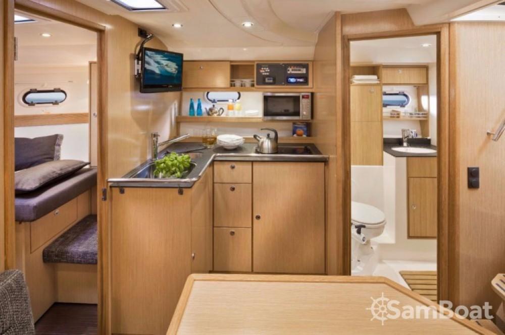 Boat rental Bavaria Sport 34 in Terranoa/Olbia on Samboat