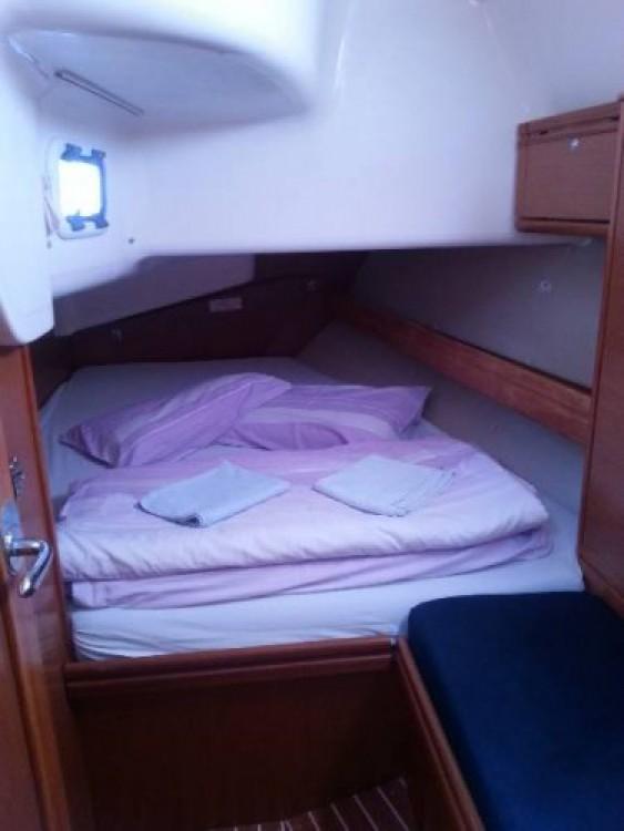 Boat rental Bavaria R40 in Split on Samboat