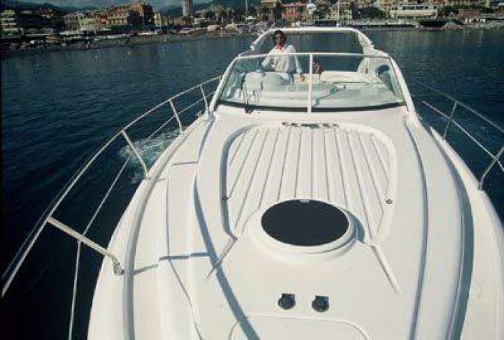 Rental Motor boat Moa-Tecnica with a permit