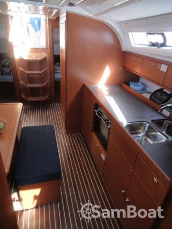 Rental yacht Split - Bavaria Cruiser 41 on SamBoat
