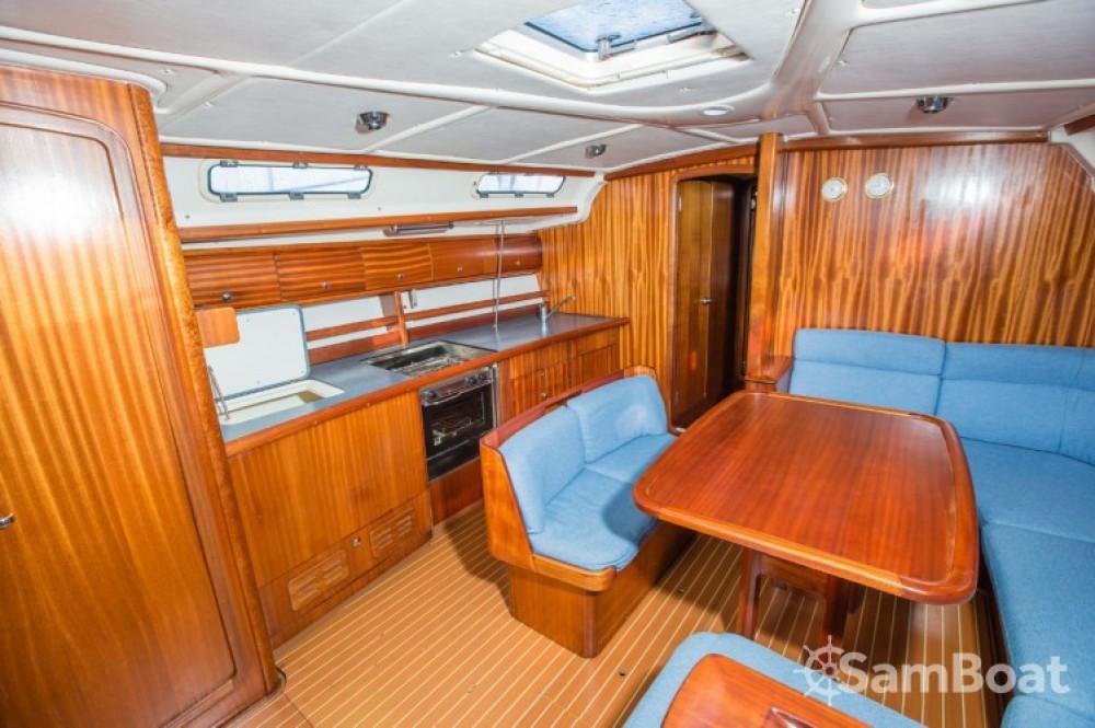 Boat rental Bavaria Bavaria 44 in Marina Kornati on Samboat