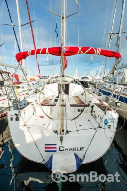 Rental Sailboat in Marina Kornati - Elan Elan 340
