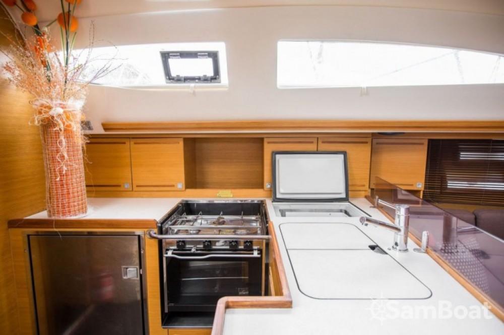 Rental yacht Marina Kaštela - Elan Elan 444 Impression on SamBoat