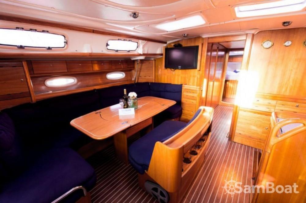 Rent a Bavaria Cruiser 50 Marina Kaštela