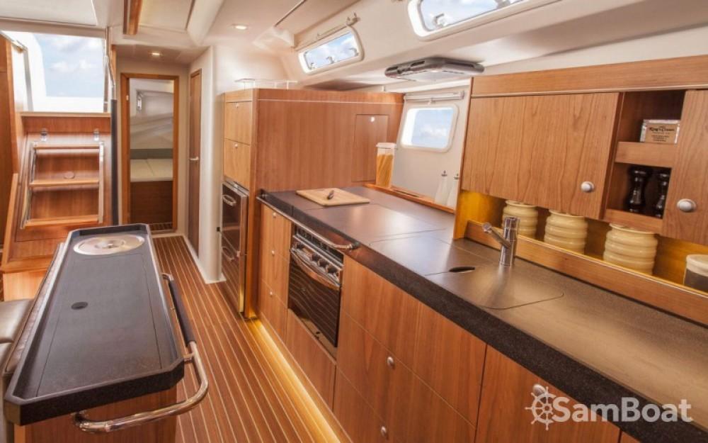 Rental Sailboat in Marina Kaštela - Hanse Hanse 505