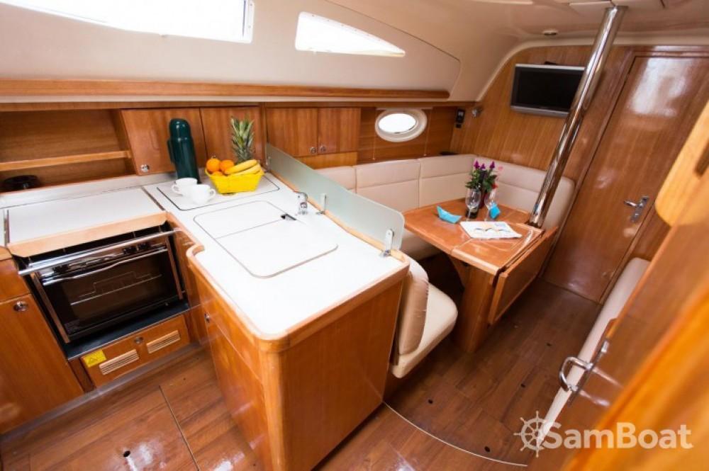 Rental yacht Marina Kornati - Elan Elan 34 on SamBoat