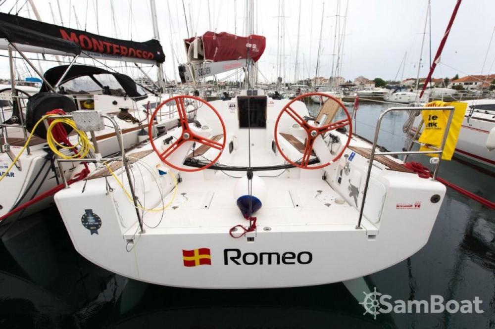 Rental yacht Marina Kornati - Elan Elan 350 on SamBoat