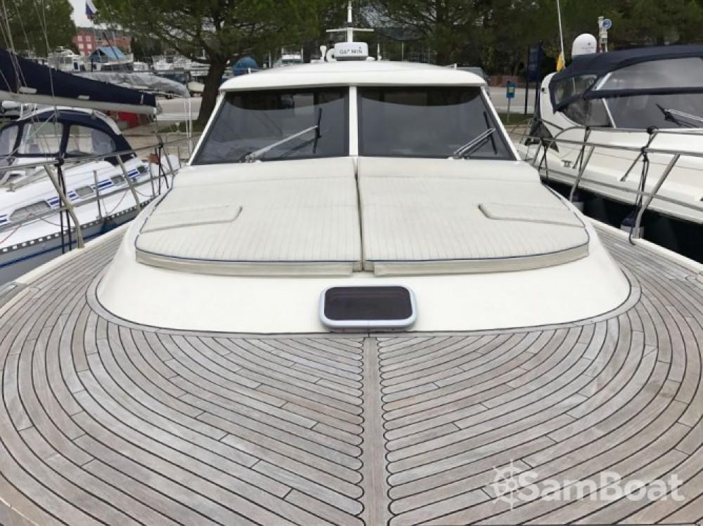 Hire Motor boat with or without skipper Sas Vektor Marina Kornati