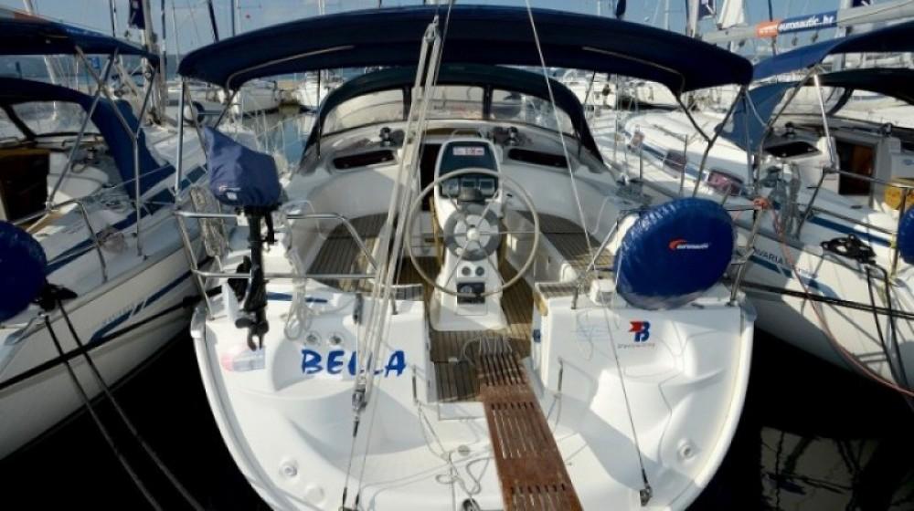 Boat rental Bavaria Cruiser 37 in Marina Kornati on Samboat