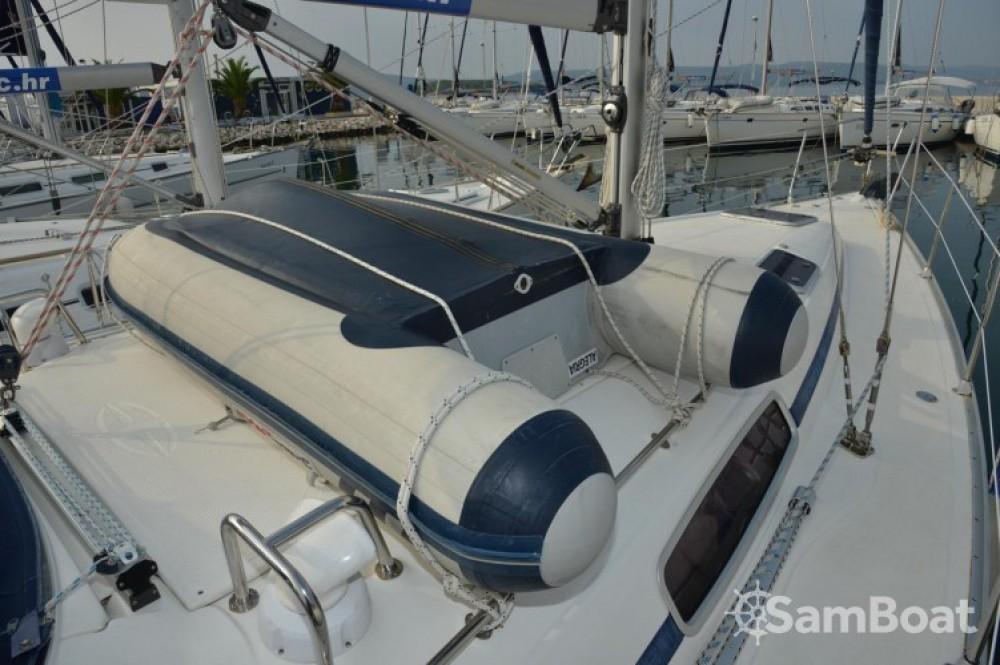 Rent a Bavaria Cruiser 38 Marina Kornati