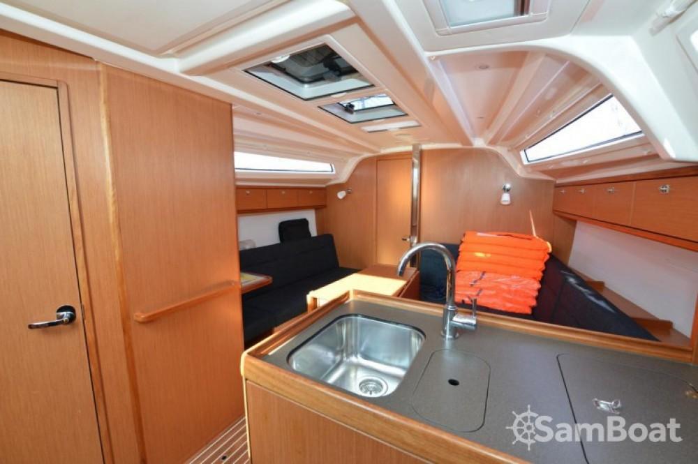 Boat rental Marina Kornati cheap Cruiser 37
