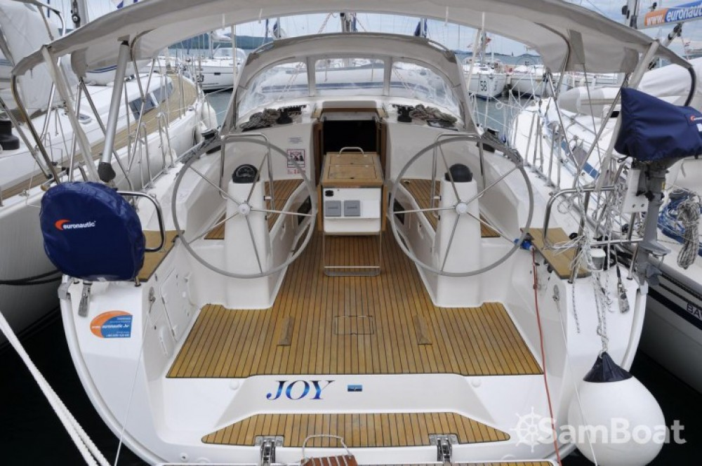 Rent a Bavaria R40 Marina Kornati