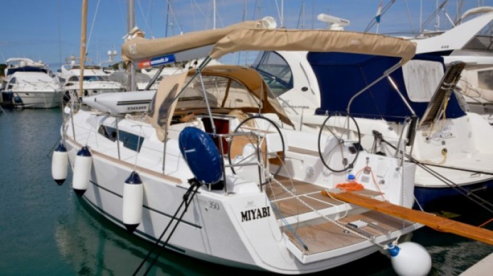 Hire Sailboat with or without skipper Dufour Marina Kornati