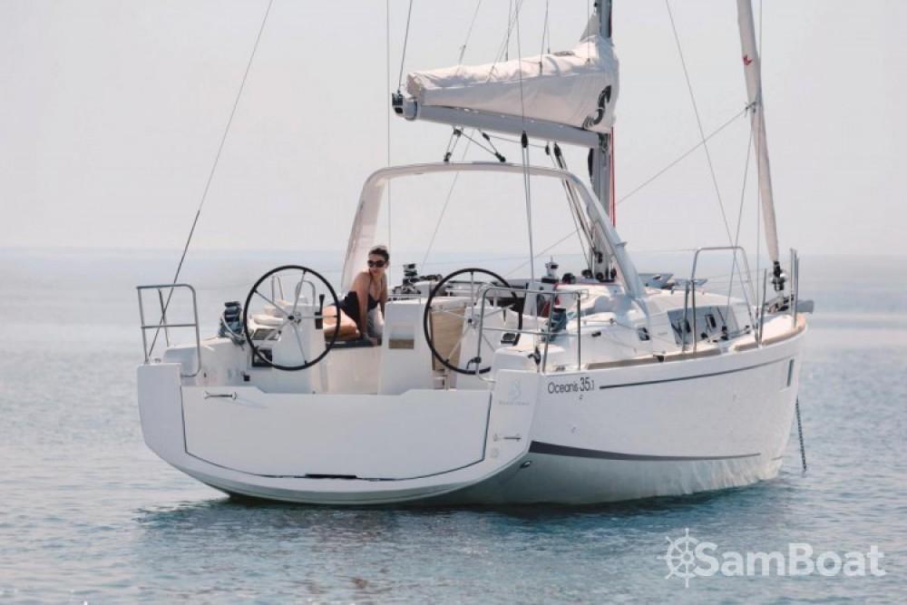 Rent a Bénéteau Oceanis 35.1 Marina Kornati