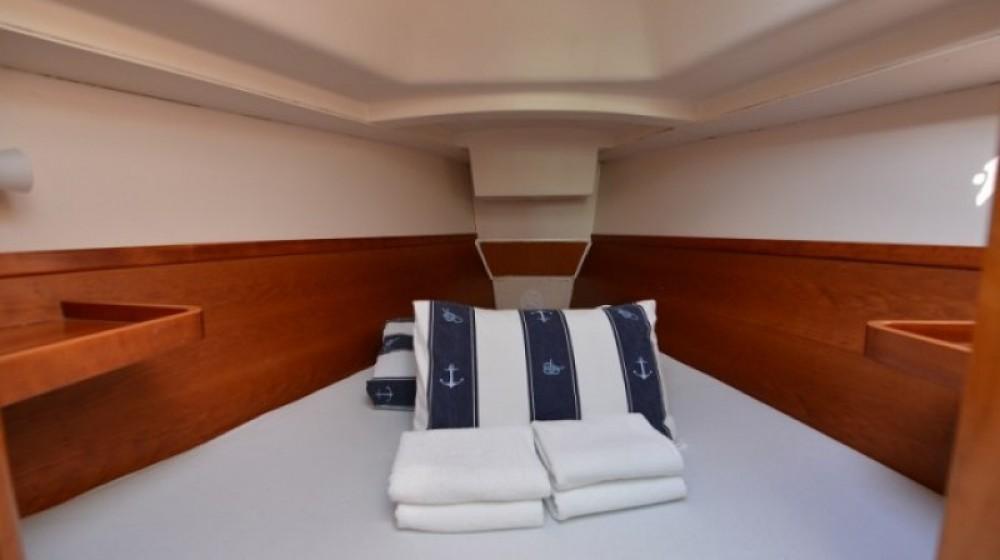 Rental Sailboat in Marina Kornati - Hanse Hanse 320
