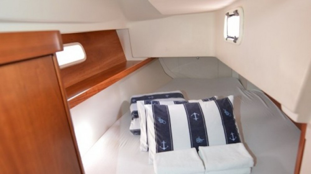 Boat rental Hanse Hanse 320 in Marina Kornati on Samboat