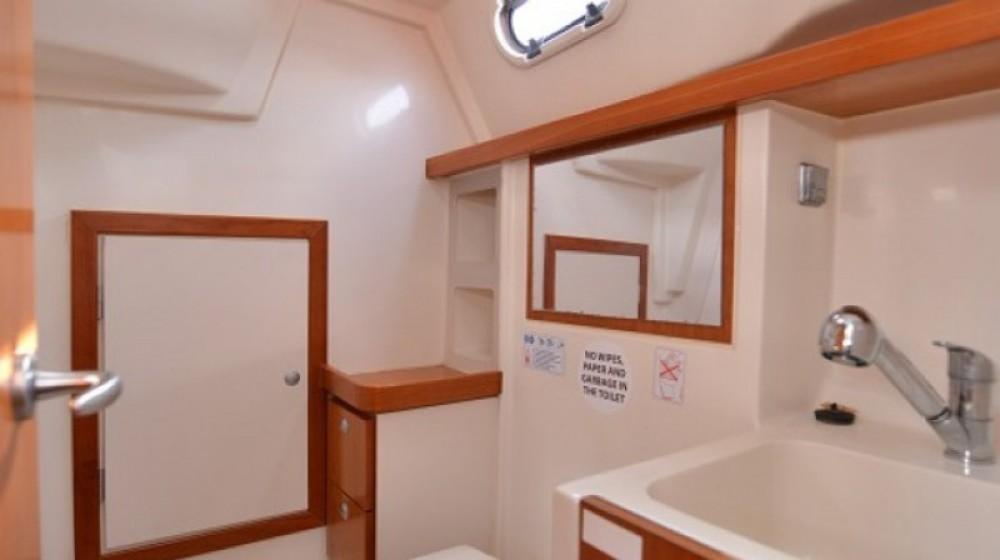 Rental yacht Marina Kornati - Hanse Hanse 320 on SamBoat