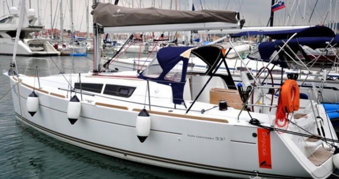 Louer Voilier avec ou sans skipper Jeanneau à Izola / Isola