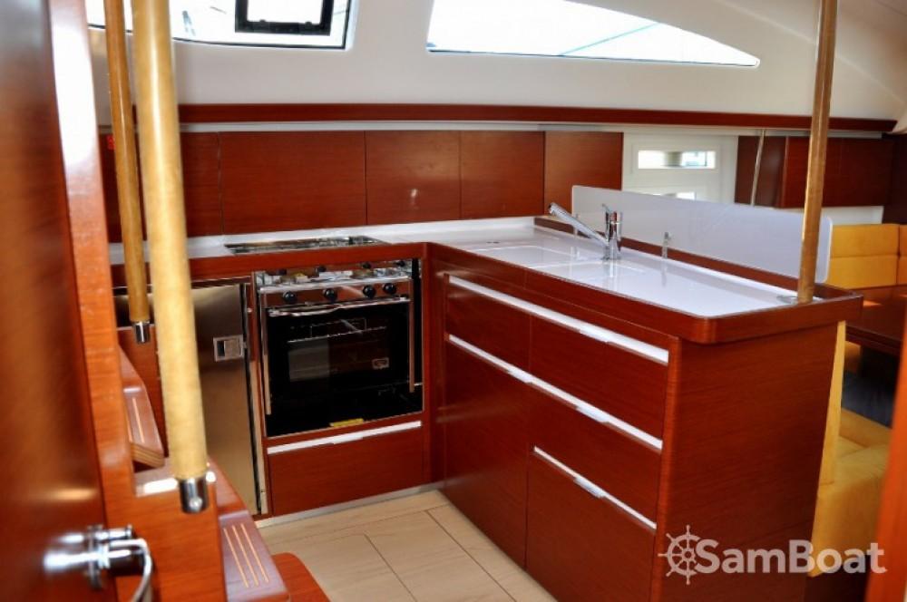 Alquiler de barcos Izola / Isola barato de Elan 444 Impression