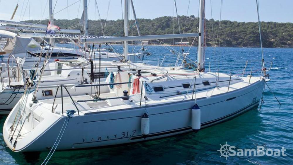 Location bateau Bénéteau First 31.7 à Marina - Mali Lošinj sur Samboat