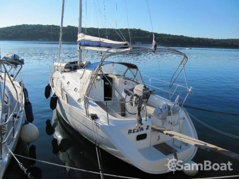 Location bateau Bénéteau Oceanis 311 à Marina - Mali Lošinj sur Samboat