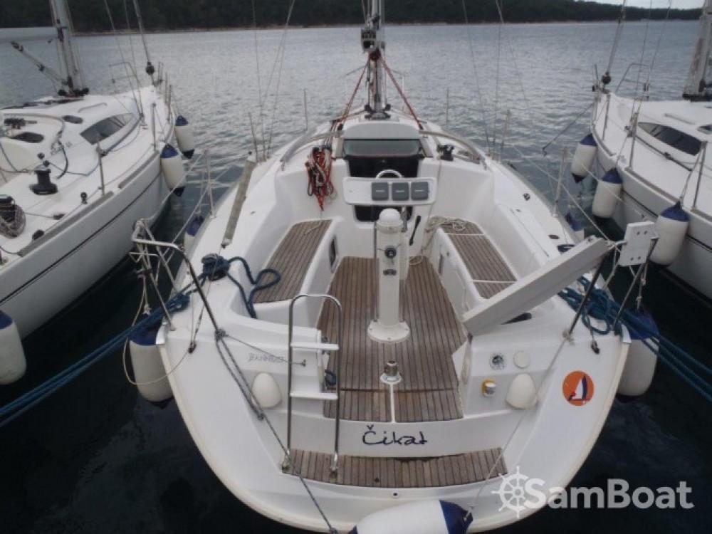 Location bateau Jeanneau Sun Odyssey 32i à Primorsko-Goranska Županija sur Samboat