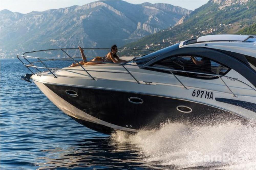 Pearl-Sea-Yachts-Doo Pearlsea 31 Hard Top entre particuliers et professionnel à Baška Voda