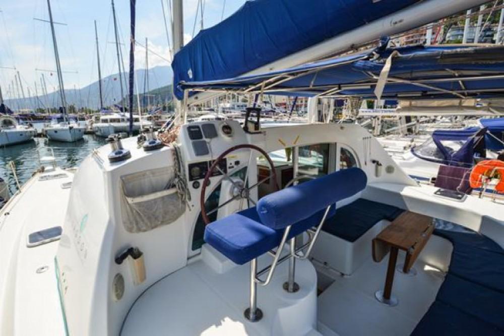 Location bateau Fethiye pas cher Lagoon 380