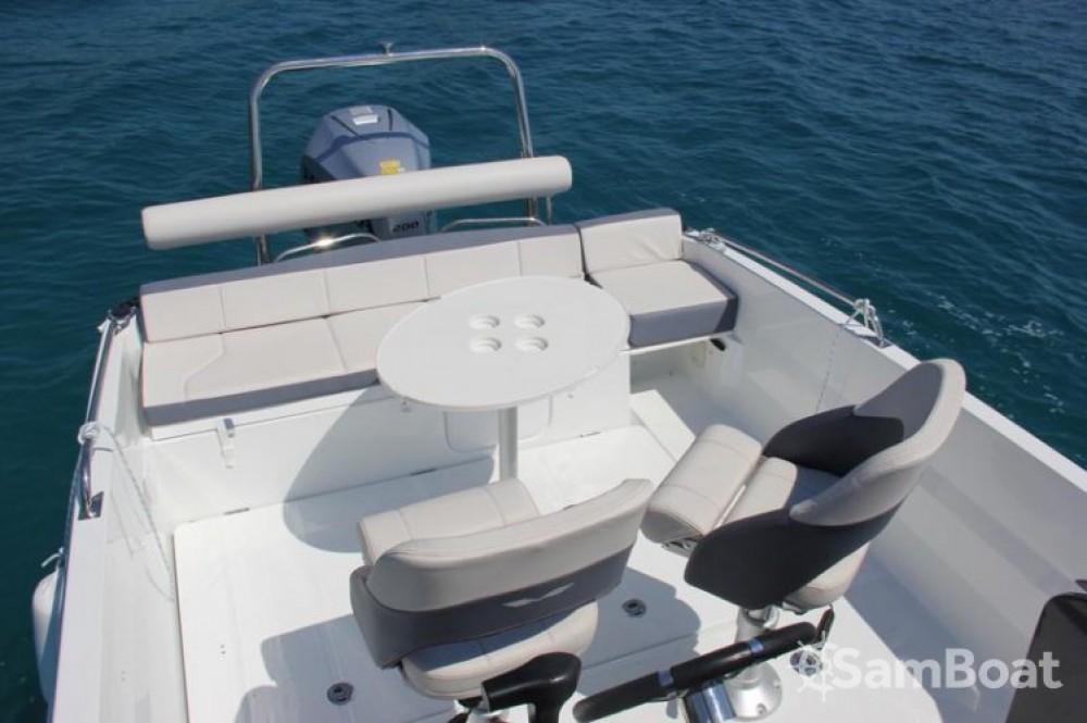 Rental yacht Trogir - Bénéteau Flyer 6.6 SPACEdeck on SamBoat