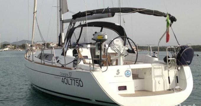 Louez un Bénéteau Oceanis 37 à Portocolom