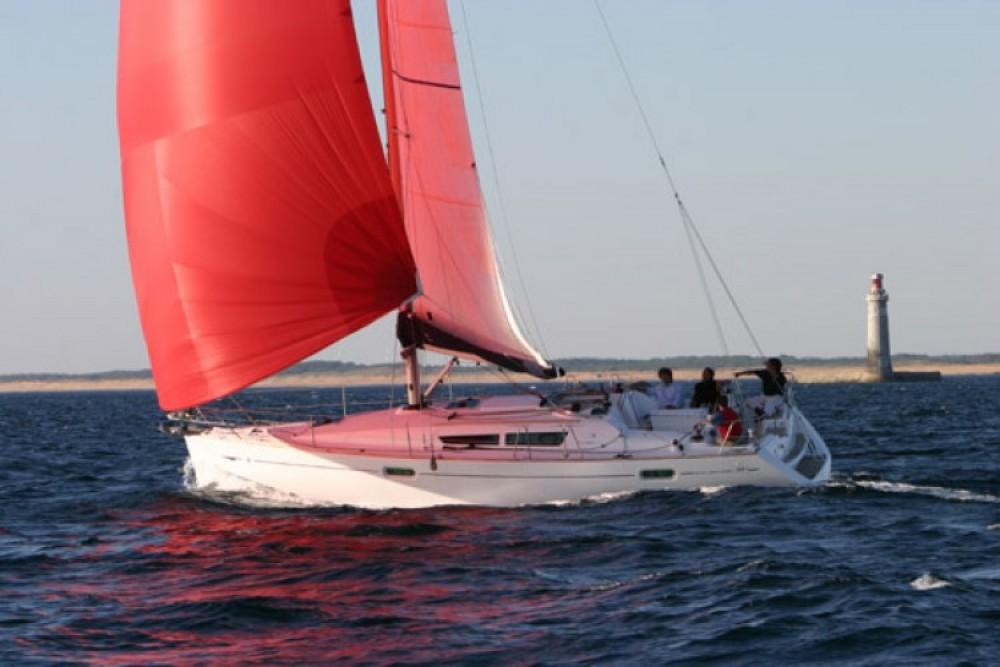 Location bateau Anzio pas cher Sun Odyssey 39i
