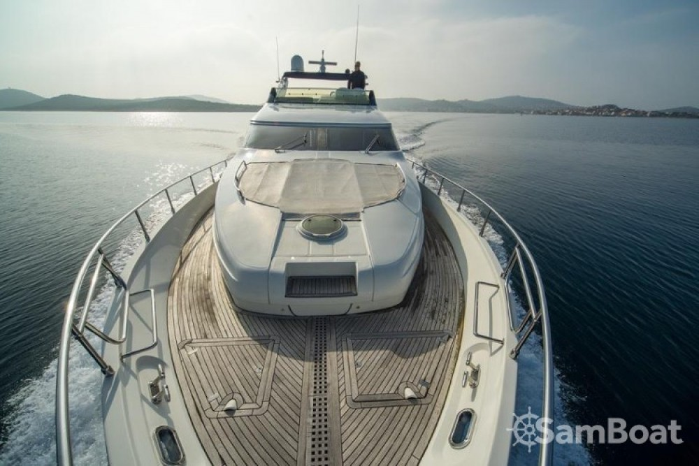 Rental Yacht Dominator-Shipyard with a permit