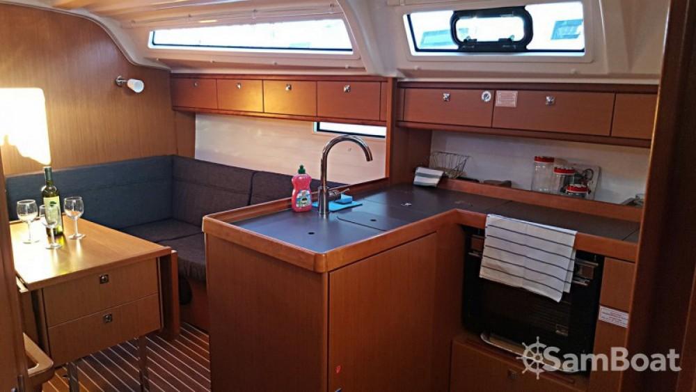 Bavaria Cruiser 37 entre particuliers et professionnel à Primorsko-Goranska Županija