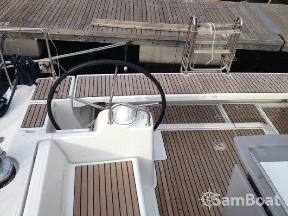 Alquiler de barcos Bénéteau Oceanis 48 enSeget Donji en Samboat
